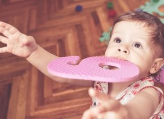Die Entwicklung deines Babys im 9. Monat hat einige Überraschungen parat.