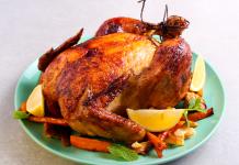 Gefülltes Huhn