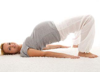 schwangere beim turnen