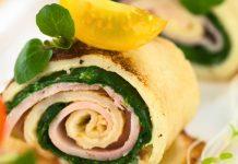 Gefüllte Pfannkuchen mit Spinat, Schinken und Mozzarella