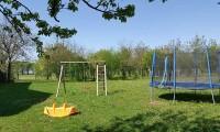 Spielplatz-Bauernhof1-bearbeitet