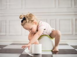 Kind auf Töpfchen
