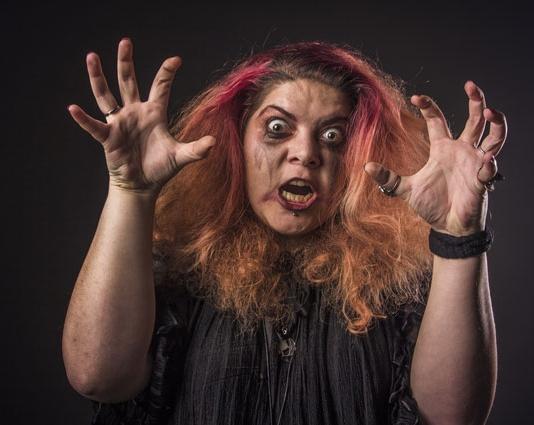 Schwiegermutter-Monster