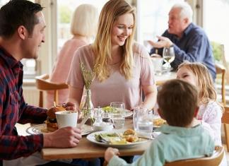 Essen gehen mit Kindern