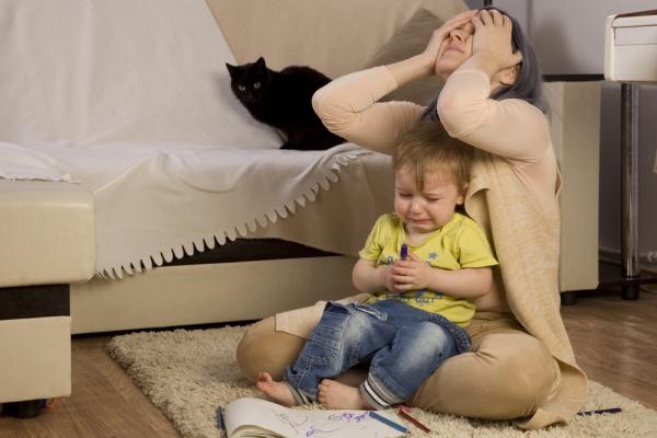 Mutter-verzweifelt