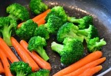 Karotten und Brokkoli